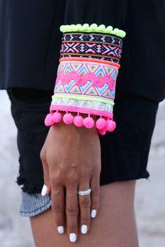 Bless the mess Fashion Details, Diy Fashion, Ideias Fashion, Hippie Chic, Hippie Style, Look Boho Chic, Diy Sac, Diy Vetement, Bijoux Diy
