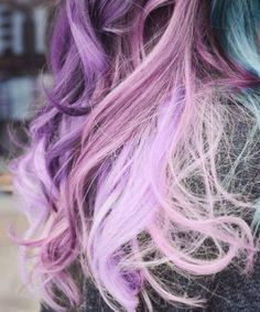 Crazy coloured hair chalk Want these colours in my hair. Im doing this.
