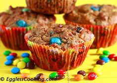 Can healthy bran muffins taste good as well? Try this raisin bran muffin recipe to find out the answer. Muffin Tin Recipes, Cereal Recipes, Brownie Recipes, Raisin Bran Muffins, Carrot Muffins, Unsweetened Applesauce, Biscuit Recipe, Food Allergies, Healthy Desserts