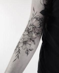 - Yarina ☘️Tattoo artist - Will be continued in soon🌸. Up Tattoos, Future Tattoos, Rose Tattoos, Flower Tattoos, Body Art Tattoos, Girl Tattoos, Body Adornment, Sleeve Tattoos For Women, Pretty Tattoos