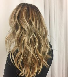 "161 Likes, 4 Comments - Liz Calo (@hiphopkids) on Instagram: ""Painted by me #balayage #balayageombre #balayageandpainted #handpainted #sombre…"""