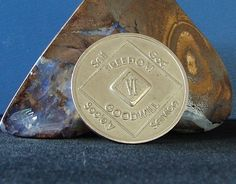 Narcotics Anonymous Vintage Medallion 6 Year NA Coin Chip Token