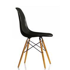 Eames Plastic Chair (Black)