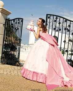 Have my cake and eat it - Pink princess ball gown with giant bow from Barbie