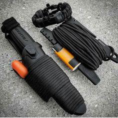 Today's gear.. 5.11 Morakniv @morakniv, Light My Fire Army 2.0 @light_my_fire_sweden , Fully loaded Spool Tool @paracord_spool_tool, and Scout Slimline Paracord strap @superessestraps . . .  Share from @jaymanw1 #pocketdump #beready #morakniv #spooltool #survivalgear #tacticalsht #shtf #tactic #knives #knivesofig #knifejunkie #edc #fixedblade #gearjunkie #prepper #superessestraps #preparedness #knivesofinstagram #endofthecomfortzone #edcgear #edcessentials #combatives #bladehq…