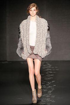 Fall/Winter 2010 Chunky Knitwear Fashion Trend