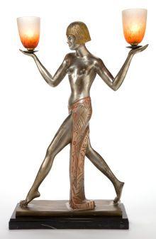 유 Illuminating Lamps 유 Art Deco Figurative Lamp Art Nouveau, Art Deco Period, Art Deco Era, Antique Lamps, Vintage Lamps, Belle Epoque, Art Et Architecture, Inspiration Art, Bronze