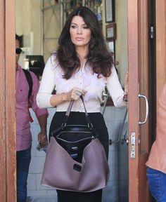 Lisa Vanderpump Photos Photos: Kyle Richards and Lisa Vanderpump Lunch in Beverly Hills Kyle Richards, Lisa Vanderpump, Young And The Restless, Beauty Advice, Real Housewives, Boss Lady, Beverly Hills, Bucket Bag, Glamour