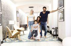 Le loft moderne et à contre-courant de l'aventurier et reporter Diego Bunuel et de la rockeuse new yorkaise Maggie Kim.