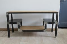 Meuble Tv, mobilier style industriel métal brut et chêne massif pour le bois, création artisanale.