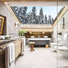 It's toilet tuesdayyy!  Sharing some bathroom love with this warm and cool inspo  via @styled.by.her  #bathroomgoals #bathroominspo #toilettuesday #homedeco #interiorstyle #toiletgoals #homeinspo #BAinspo #beautyairlines