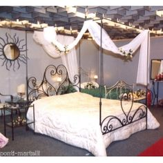 Wrought iron bed. Customize Realizations. 999