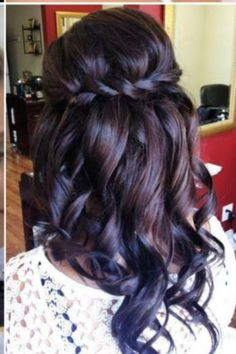 Half up/half down hair style.  Wish I had time to do this each morning, lol.  So pretty!!