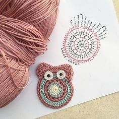 Eule Häkelanleitung Eule Häkelanleitung Learn the rudiments of how to crochet, at the very first. Crochet Diagram, Crochet Motif, Crochet Flowers, Crochet Stitches, Knit Crochet, Crochet Owls, Crochet Crafts, Crochet Projects, Owl Crochet Patterns