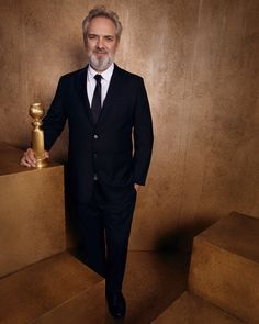"""Sam Mendes - winner of the Best Director Award for his work on """"1917"""" - poses backstage for his official portrait at the 77th Golden Globes Awards - January 5, 2020. Golden Globe Nominations, Golden Globe Award, Golden Globes, Annette Benning, Best Television Series, Kaitlyn Dever, Sam Mendes, Best Screenplay, Natasha Lyonne"""