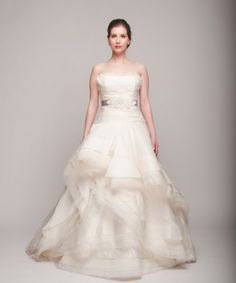 Rivini 'Giselle' Ball Gown - Nearly Newlywed Wedding Dress Shop