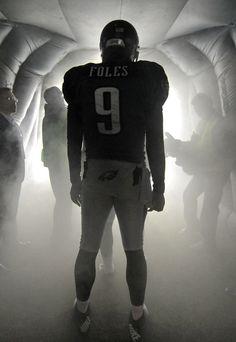 61782ca5e Cincinnati Bengals v Philadelphia Eagles Quarterback Nick Foles of the Philadelphia  Eagles waits in the tunnel