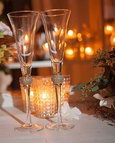 New Orleans Weddingwith Luxe Decor - MODwedding