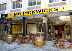 Mr Pickwick's (moved to corner of Greenmarket Square)