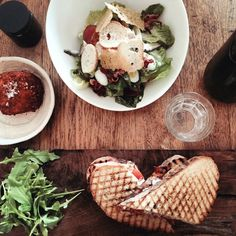 Caesar salads and chicken sandwiches @ Sisterfields. Iconosquare – Instagram webviewer