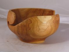 Cherry (kirscheholz) knitting bowl, 25 x 12 cm, 16 cm ball, (10 x 5 in, 6.5 in ball), (dim approx), oil finish by $75, Adorewoods on Etsy