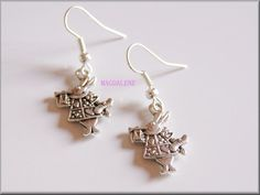 Rabbits Earrings £4.00