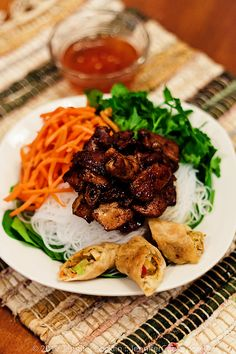 Vietnamese Bun Thit Nuong :: Vietnamese Pork Noodle Bowl
