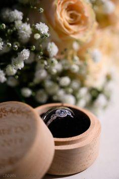 Hääkuvaus / Wedding photography.  Wedding ring details.  Linnan Juhlakuva Wedding Photography, Wedding Rings, Wedding Photos, Wedding Pictures, Wedding Ring, Wedding Band Ring