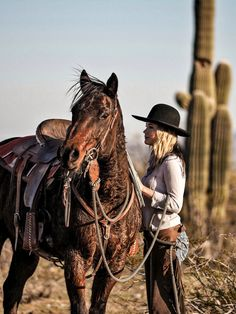 - Art Of Equitation Foto Cowgirl, Estilo Cowgirl, Cowgirl And Horse, Cowgirl Chic, Cowgirl Style, Horse Love, Horse Riding, Cowboy Hats, Horse Girl Photography