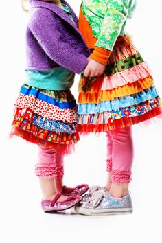 Colorful tiered skirts for little girls. Knotty Jumper with Ruffled Leggings-love this. I think Kaimi needs one :) pattern to make your own . Little Doll, Little Girls, Quoi Porter, Tiered Skirts, Cute Skirts, Girl Skirts, Sewing For Kids, Fashion Kids, Kind Mode