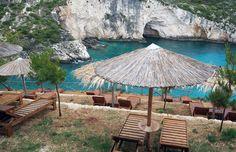 Deze 8 hotspots plus geheime adresjes wil je niet missen op Zakynthos. #famme www.famme.nl