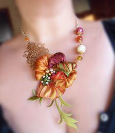 Shibori Ribbon Jewellery   Necklace (whit Shibori silk ribbon) Serena Di Mercione Design