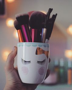 brushes - real techniques - makeup - primark - deco - maquillage - storage - @makemeshiny ig