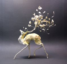 Sculpture by Ellen Jewett. Each piece is a one of a kind surrealist sculpture and completely unique. Fantasy Animal, Fantasy Creatures, Fantasy Art, Forest Creatures, Art Sculpture, Animal Sculptures, Metal Sculptures, Ellen Jewett, Inspiration Art