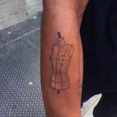 tatuajes-elegantes-maniqui-1