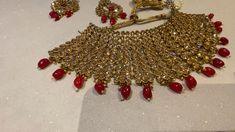 Dazzling Polki Diamond bridal set on 50 discount lebaasonline Pakistani Bridal Jewelry, Indian Bridal Jewelry Sets, Indian Wedding Jewelry, Wedding Jewelry Sets, Bridal Accessories, Bridal Jewellery, Fancy Jewellery, Jewellery Earrings, Stylish Jewelry