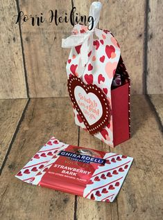 Lorri Heiling Stampin' Up A CASE from Wendy Cranford! Valentines Day Bags, Valentine Treats, Valentine Box, Valentine Day Crafts, Chocolate Wrapping, Valentine's Day Paper Crafts, Paper Crafting, Stampin Up, Craft Fairs