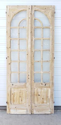 Pair of Wood Doors with 12 Arched Glass Panes Each – Antiquities Warehouse Rustic Living Room Furniture, Arched Doors, Sliding French Doors, Front Doors, Shutter Doors, Antique Doors, Vintage Doors, Diy Barn Door, Bedroom Doors