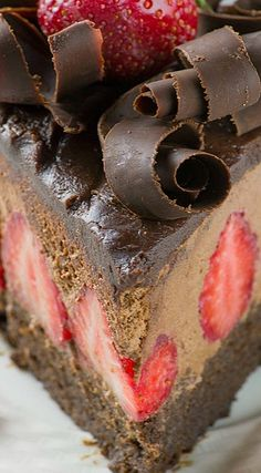 Strawberry Chocolate Cake ~ Moist chocolate cake topped with fresh strawberries, rich chocolate mousse, chocolate ganache and chocolate curls on top... The cake looks pretty darn impressive but this show-off cake is quite simple to make!