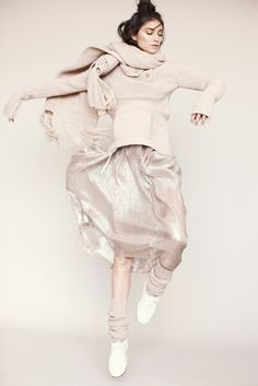Electric Feathers Fall 2014 Ready-to-Wear Collection - Vogue Wit And Delight, Mode Editorials, 30 Outfits, The Blushed Nudes, Textiles, Editorial Fashion, Brunello Cucinelli, Dress Skirt, Turtleneck