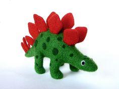 https://www.alittlemarket.com/accessoires-de-maison/fr_stegosaure_en_laine_feutree_par_lapoissonnerie_-19239889.html