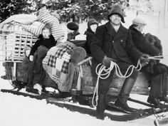 A Finnsih family leaving their home in the ceded Finnish territory which became part of Russia, at the end of the Winter War