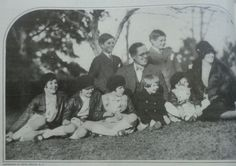 A rare photo of Joe and Rose Kennedy with Joe Jr., Jack, Rosemary, Kathleen, Eunice, Pat, and Bobby – published in The American Magazine in 1928