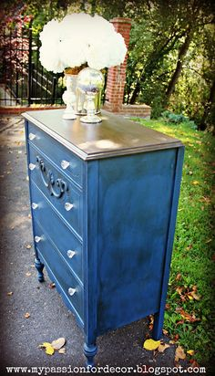 Love the wood top,  paint color, & knobs but not the distressed paint technique.