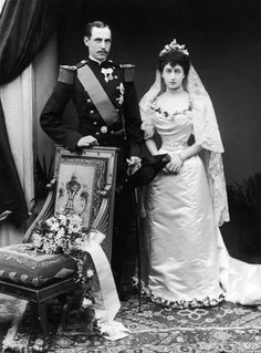 Prince Carl of Denmark and Princess Maud of the United Kingdom's wedding. They were first cousins. Prince Carl would eventually be crowned king of the newly independent Norway as King Haakon, and his wife, daughter of King Edward VII of Britain and Queen Alexandra, would become Queen Maud.