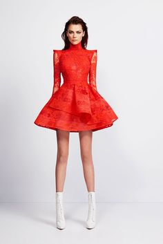 Absolutely fantastic!! Futuristic yet womanly short red dress by Alex Perry, Resort 2014. Angled and sharp.