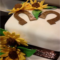 Love this country bridal shower cake idea! I will be doing something very similar to this one!