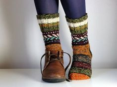 Size US woman's (or EU Warm hand knit wool socks, beautiful colorful and striped – Knitting Socks Wool Socks, Knitting Socks, Hand Knitting, Knitting Patterns, Knitting Wool, Style Casual, My Style, Luna Lovegood, Passementerie