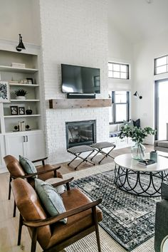 From modern to traditional, check out these top fireplace mantle and fireplace design ideas to create a custom fireplace in your living room decor.