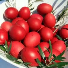 Why the Greeks Dye Eggs Red for Easter. In particular, the custom of the Easter egg originated in early Christians of Mesopotamia, who stained eggs red in memory of the blood of Christ, shed at his crucifixion. Happy Easter, Easter Bunny, Easter Eggs, Orthodox Easter, Christ Is Risen, Jesus Christ, Greek Easter, Egg Dye, Easter Traditions